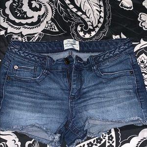Juniors' Mudd Low Rise Denim Shortie Shorts